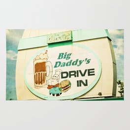 Big Daddy's drive in Rug