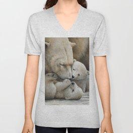 """Nanuk family"" Polar bear by Claude Thivierge Unisex V-Neck"