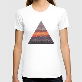 Good Friends and Sunset - Geometric Photography T-shirt