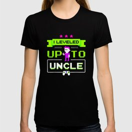 Leveled Up To Uncle Gamer Design T-shirt