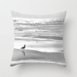 BIRDIE WALKING ON THE BEACH AT SUNSET - BLACK AND WHITE Throw Pillow