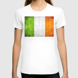 TriColour of Ireland bywhacky T-shirt