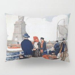 Vintage Immigrants & Statue of Liberty Illustration (1917) Pillow Sham