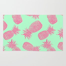 Pineapple Pattern - Mint & Crimson Rug