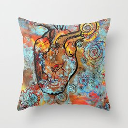 Sumergida de Corazón Throw Pillow