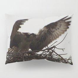 Osprey female- Arnprior 2017 Pillow Sham