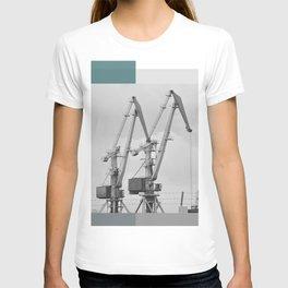 Giraffe crane T-shirt