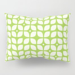 Green geometric floral leaves pattern in mid century modern style Pillow Sham