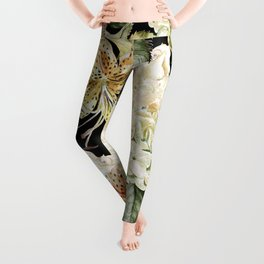 Beautiful watercolor pattern with flowers of hydrangeas and lilies. Illustration Leggings