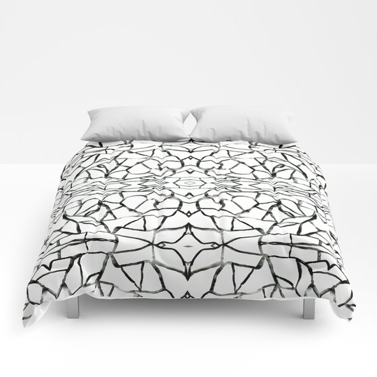 Abstract pattern 91A Comforters