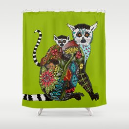ring tailed lemur love lime Shower Curtain