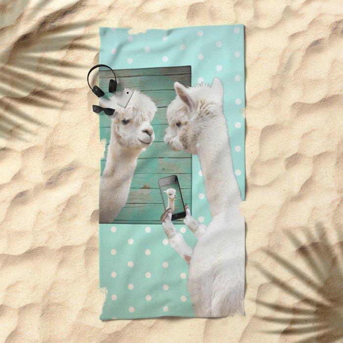 NEVER STOP EXPLORING - SELFIE Beach Towel