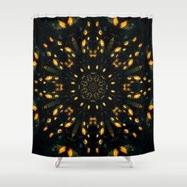 Coleção mandalas: Lágrimas de sol Shower Curtain