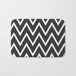 ᚖ NOIR SERIES ᚖ  Chevron Black & White pattern Bath Mat