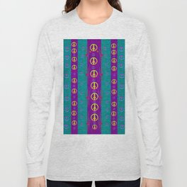 Peace be with us in this wonderful year in true love Long Sleeve T-shirt