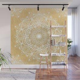 NATURE DETAILS MANDALA IN GOLD Wall Mural