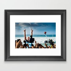 Kelly Slater Pipe Masters Victory - Hawaii - 2013 Framed Art Print
