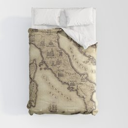 Vintage map of Italy Comforters