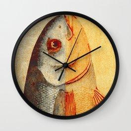 Piscibus 7 Wall Clock