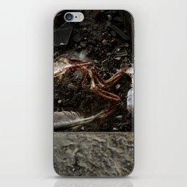 Verre Brisé et le Câble // Broken Glass and Cable - Entrepôt de Pantin iPhone Skin