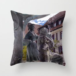 DE - Baden-Wurttemberg : Fountain on the Marketplace of Ehingen Throw Pillow