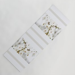 White blooming Yoga Mat