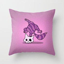 Chesire skull cat Throw Pillow