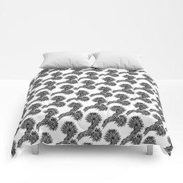 Joshua Tree Oscuro by CREYES Comforters