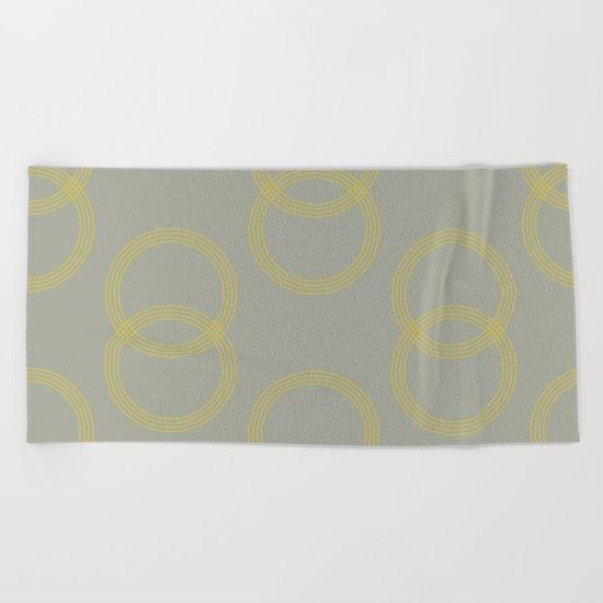Simply Infinity Link Mod Yellow on Retro Gray Beach Towel