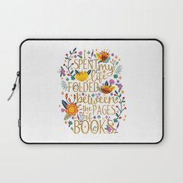 Folded Between the Pages of Books - Floral Laptop Sleeve
