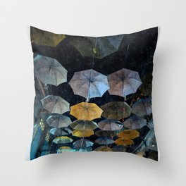 Umbrella night Throw Pillow
