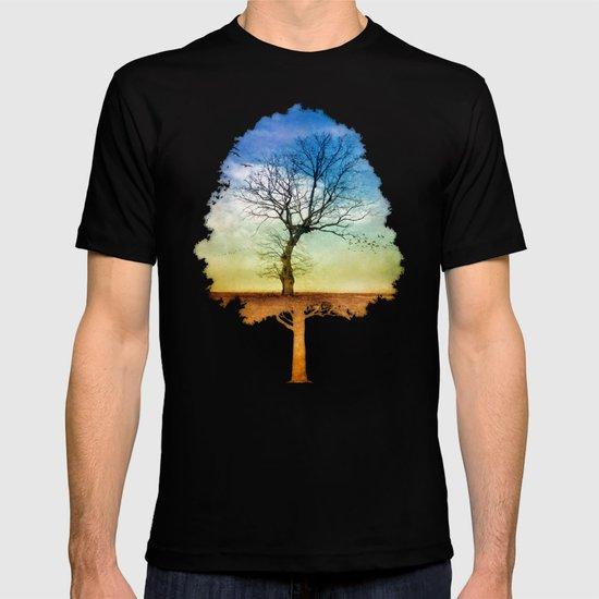 ATMOSPHERIC TREE   Autumn Light T-shirt