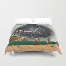 Catch the Wormhole of 3:45 PM Duvet Cover