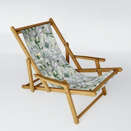green_pattern Sling Chair