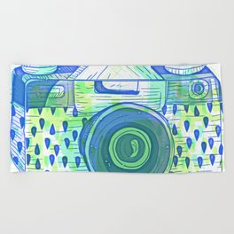 Sketchy Vintage Analog Camera Pattern Beach Towel