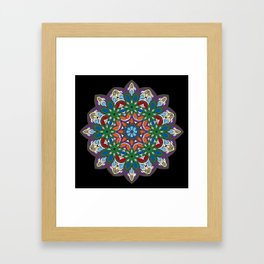 Mandala colorida Framed Art Print