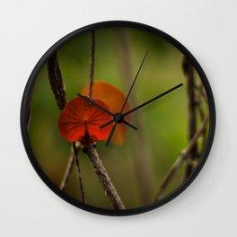 Round Leaf Wall Clock