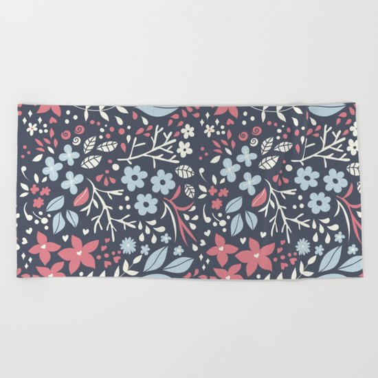 Floral pattern with doodles of flowers and leaves Beach Towel