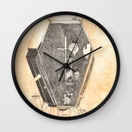 Hipocresía ex-machina Wall Clock