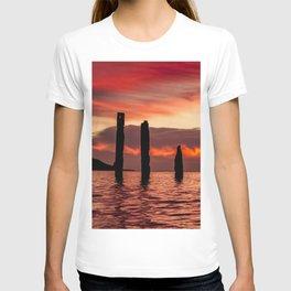 SUNSET at PORT WILLUNGA JETTY RUINS T-shirt