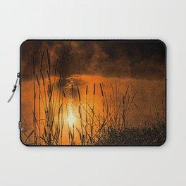 Sunrise at the lake /Sonnenaufgang am See Laptop Sleeve