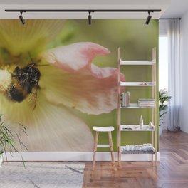 Bumblebee 5 Wall Mural