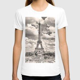 Eiffel Tower in sepia in Paris, France. Landmark in Europe T-shirt