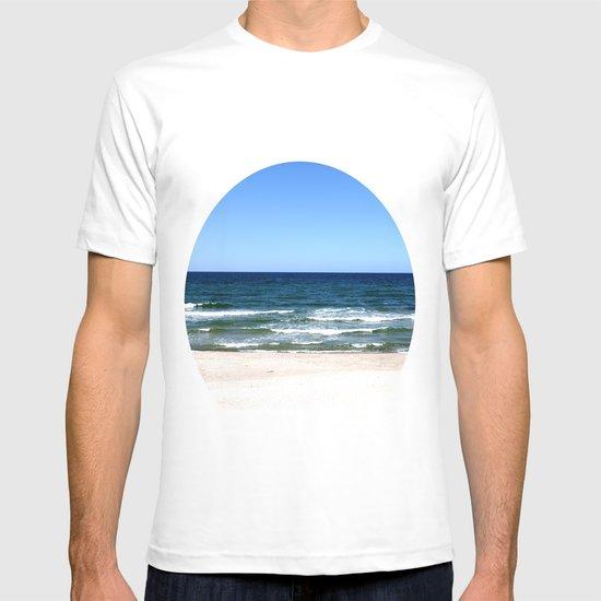sea calling T-shirt