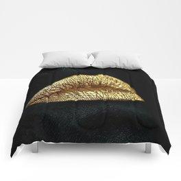 Golden Lips Comforters