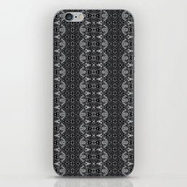 Chain armor iPhone Skin