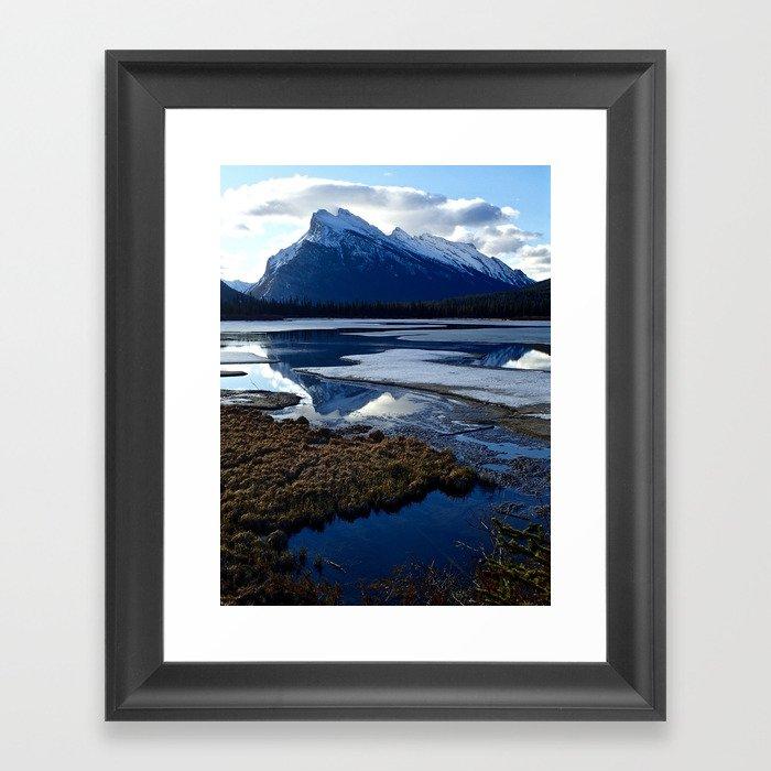 Rundle Mountain Reflections Gerahmter Kunstdruck