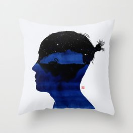 孤岛II - Swan lake Throw Pillow