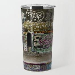 Grafiti dans les tunnels de la Petite Ceinture // Grafiti in the tunnels of the Petite Ceinture Travel Mug