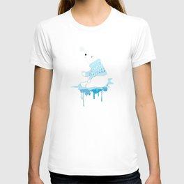 Polar bear with snowflakes T-shirt